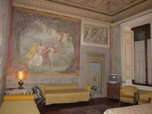 Hai khách sạn châu Âu nổi tiếng và đắt khách nhờ…có ma - 2