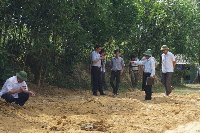Cận cảnh khu trang trại chôn chất thải của Formosa - 1