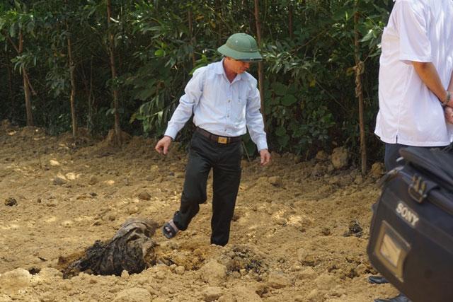 Cận cảnh khu trang trại chôn chất thải của Formosa - 7