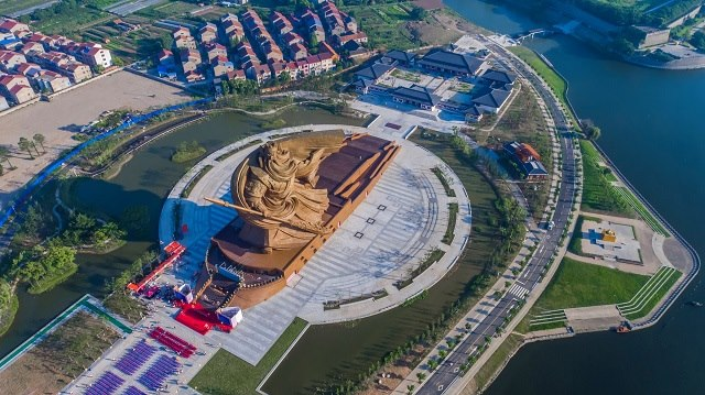 Trung Quốc xây tượng Quan Công cao 48m nặng nghìn tấn - 2