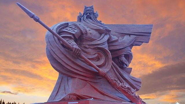 Trung Quốc xây tượng Quan Công cao 48m nặng nghìn tấn - 1