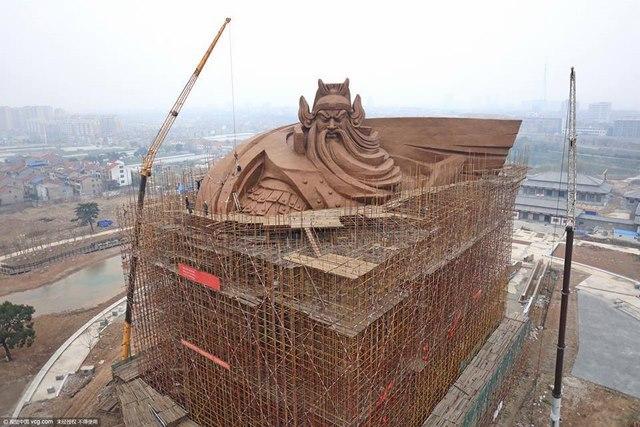 Trung Quốc xây tượng Quan Công cao 48m nặng nghìn tấn - 6