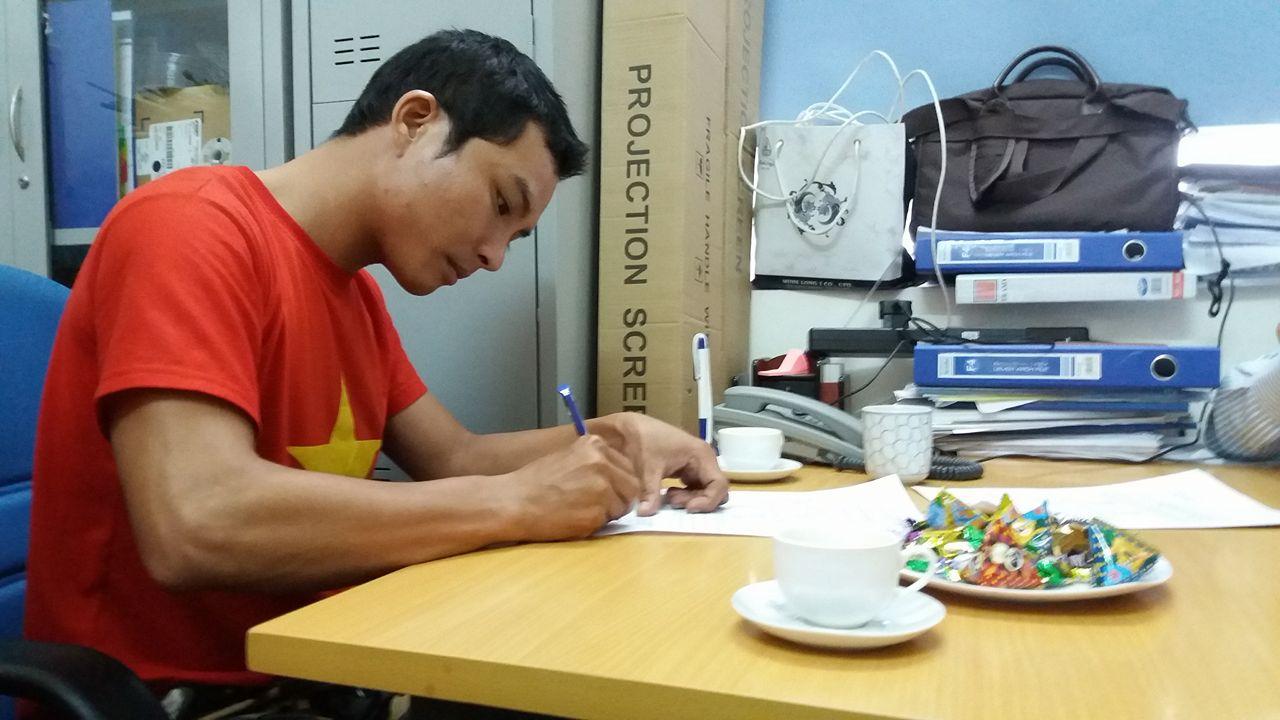 Chàng trai 9x và hành trình đi bộ xuyên Việt để vận động hiến tạng - 2