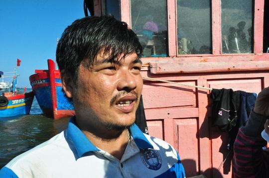 5 ngư dân bị tàu Trung Quốc tông chìm về đến đất liền - 3