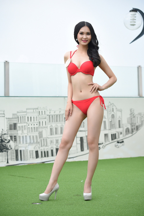 Ảnh bikini nóng bỏng của dàn thí sinh HH Bản sắc Việt - 10