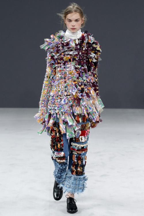 Viktor & Rolf biến denim thành thời trang cao cấp - 9