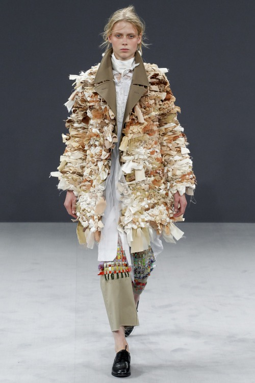 Viktor & Rolf biến denim thành thời trang cao cấp - 12
