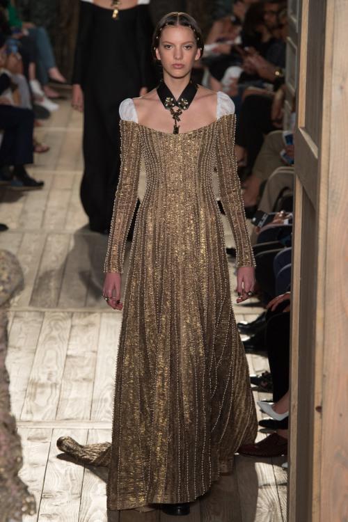 7 xu hướng nổi bật từ Tuần lễ thời trang cao cấp Paris - 13