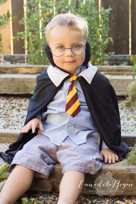 Em bé hóa thân thành Harry Potter siêu đáng yêu - 4