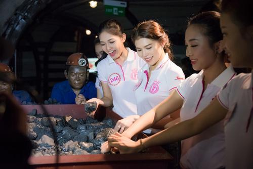 Thí sinh Hoa hậu VN khoe eo thon bên biển Hạ Long - 7