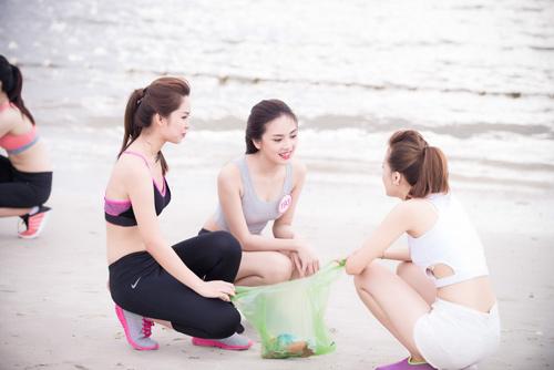 Thí sinh Hoa hậu VN khoe eo thon bên biển Hạ Long - 9