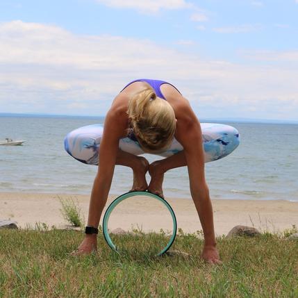 Phụ kiện yoga nào đang hot nhất trên Instagram? - 10