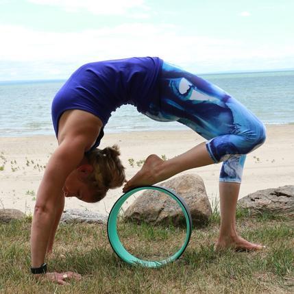 Phụ kiện yoga nào đang hot nhất trên Instagram? - 9