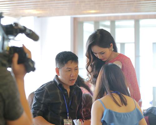 Chân dài cao 1m78 vượt trội ở Hoa hậu Bản sắc Việt - 3