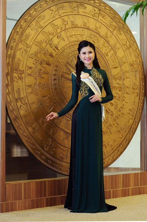 Chân dài cao 1m78 vượt trội ở Hoa hậu Bản sắc Việt - 11