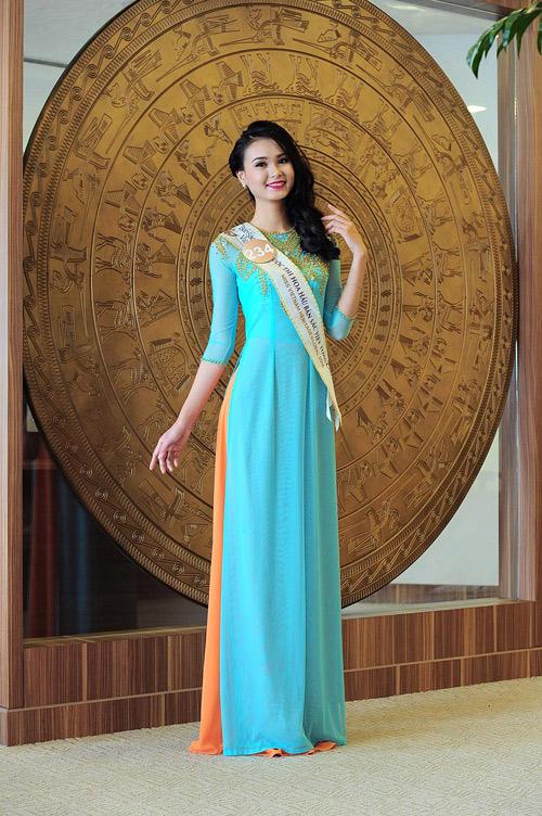 Chân dài cao 1m78 vượt trội ở Hoa hậu Bản sắc Việt - 14