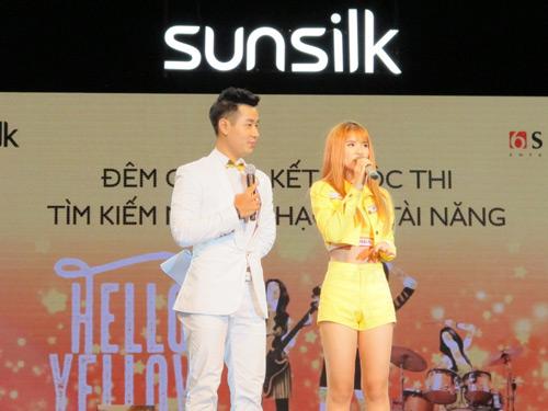 Đông Nhi- Bảo Anh- Khởi My đồng hành cùng top 9 Hello Yellow - 2