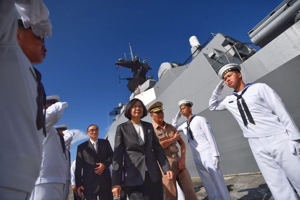 """Mỹ ngoại giao ngầm giúp Biển Đông """"giảm nhiệt"""" - 3"""