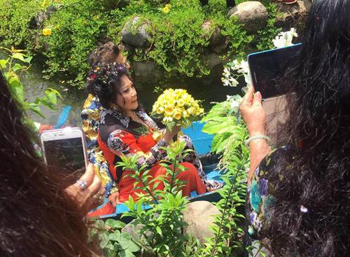 MC Thanh Bạch bất ngờ kết hôn với bà chủ Thúy Nga Paris - 4
