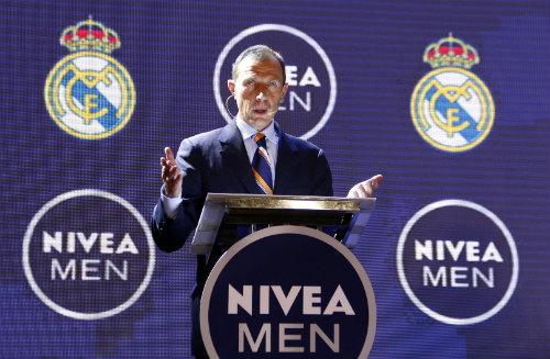 Huyền thoại Butragueno bật mí kế hoạch của Real Madrid tại Việt Nam - 3