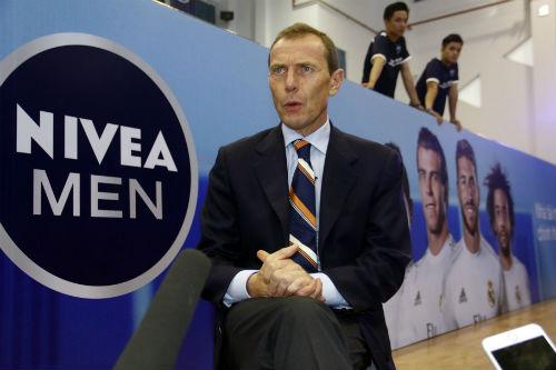 Huyền thoại Butragueno bật mí kế hoạch của Real Madrid tại Việt Nam - 1