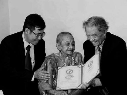 Những hình ảnh cuối đời của cụ bà cao tuổi nhất thế giới - 10