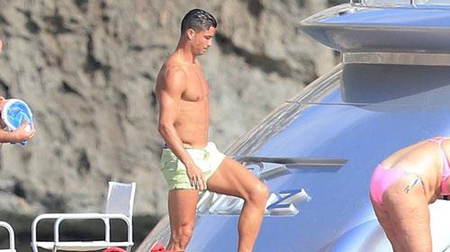 Truyền thông Catalan dùng tiểu xảo hạ uy tín Ronaldo - 2