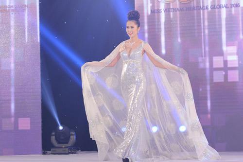 Lộ diện 15 mỹ nữ lọt vào vòng chung kết Hoa hậu Bản sắc Việt - 15