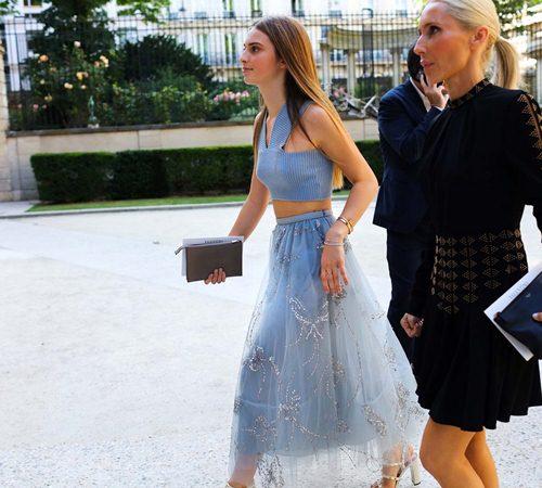 Mặc đẹp đẳng cấp như những quý cô Paris đi xem thời trang - 6