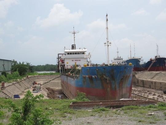 Nổ khí mê tan trên tàu, 6 công nhân lâm nạn - 1