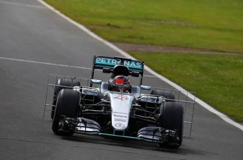 """F1, thử xe giữa mùa tại Silverstone: """"Ma mới"""" lên sàn - 2"""