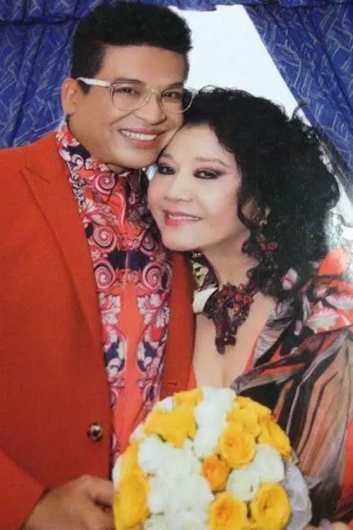 """Điều ít biết về """"vợ cưới 8 lần""""của MC Thanh Bạch - 6"""