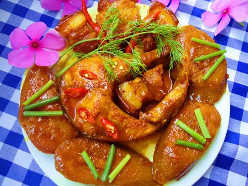 Cá kho chuối xanh đậm đà, ngon cơm - 9