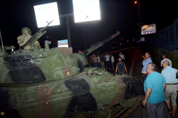 TT Thổ Nhĩ Kỳ tuyên bố đè bẹp đảo chính, bắt 2.800 người - 11