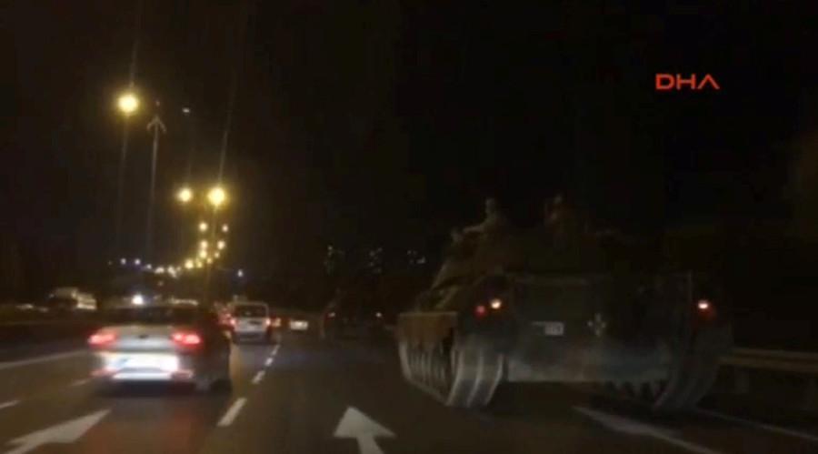 TT Thổ Nhĩ Kỳ tuyên bố đè bẹp đảo chính, bắt 2.800 người - 10