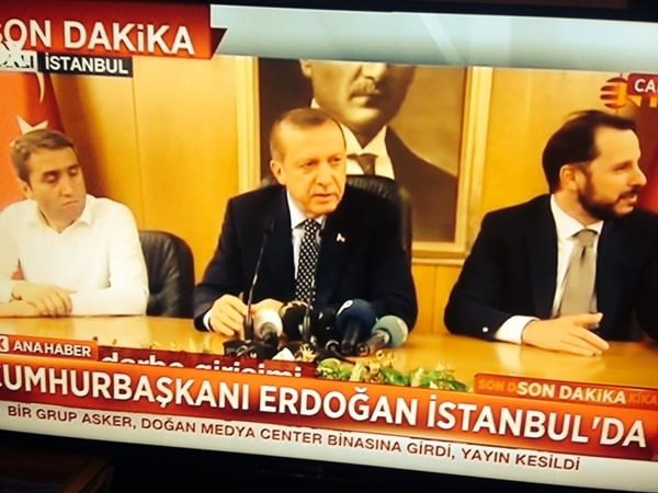 TT Thổ Nhĩ Kỳ tuyên bố đè bẹp đảo chính, bắt 2.800 người - 7