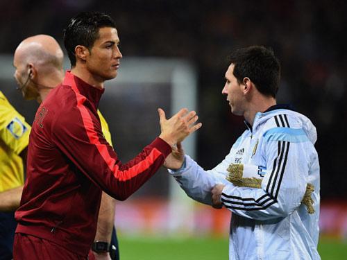 2016: Năm duy nhất Ronaldo thực sự vượt Messi? - 1