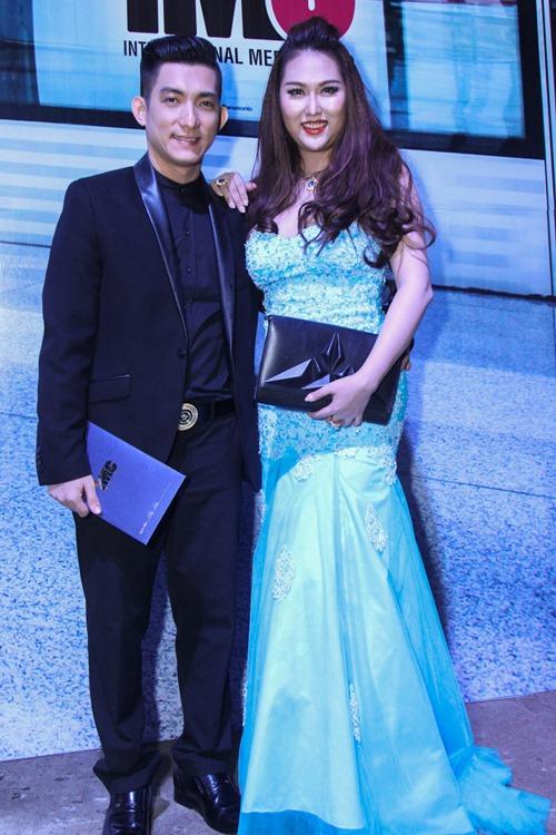 Vợ chồng Tim - Trương Quỳnh Anh ngày càng tình cảm - 5