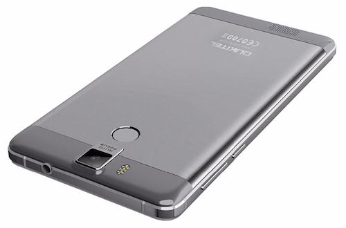 Smartphone có dung lượng pin kỷ lục 10.000mAh - 3