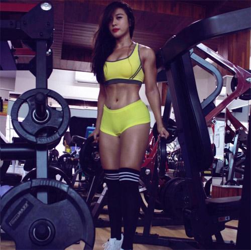 Loạt hot girl phòng gym Việt đạt chuẩn đẹp sexy mới - 8