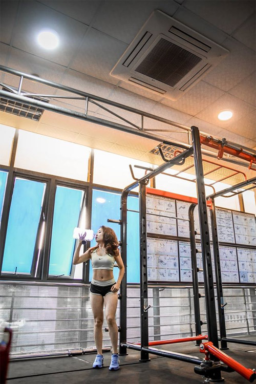 Loạt hot girl phòng gym Việt đạt chuẩn đẹp sexy mới - 14