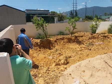 Phát hiện thêm 10 tấn chất thải Formosa giữa khu dân cư - 1