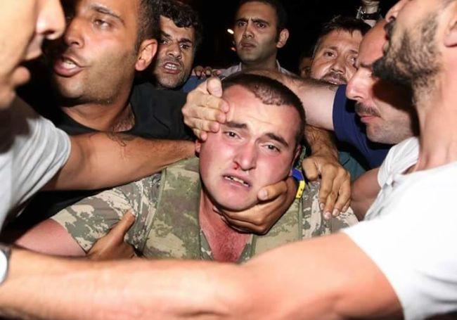 """Lực lượng """"ghê gớm"""" nhất đập tan đảo chính Thổ Nhĩ Kỳ - 1"""