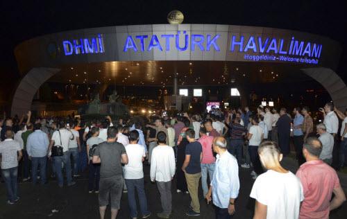 """Lực lượng """"ghê gớm"""" nhất đập tan đảo chính Thổ Nhĩ Kỳ - 6"""