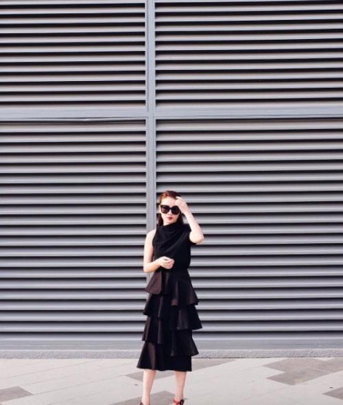 Váy xếp tầng và bản lĩnh cô nàng mặc đẹp - 5