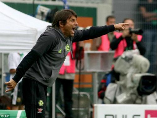 Conte lấy Ronaldo & Messi chữa ngượng sau thất bại - 1