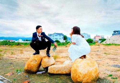 Cặp đôi Vũng Tàu chụp ảnh cưới bên thùng rác - 7