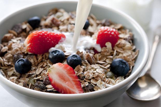8 món ăn tưởng tốt thực chất lại gây béo, da mụn - 1
