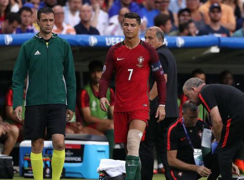 Real: Ronaldo chấn thương và những bài toán đau đầu - 1
