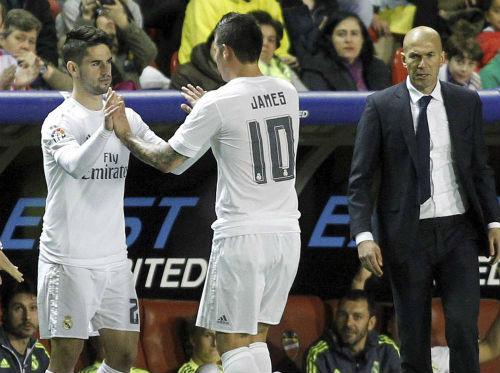Real: Ronaldo chấn thương và những bài toán đau đầu - 3